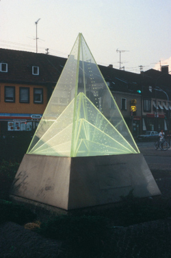 Saarlouis, Bauer, Lichtpyramide