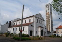 Wadgassen-Hostenbach,  Pfarrkirche Herz Jesu