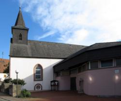 Bexbach-Höchen  Pfarrkirche Mariä Geburt
