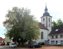 Mandelbachtal, Bliesmengen-Bolchen, ehemalige Pfarrkirche St. Petrus in Ketten