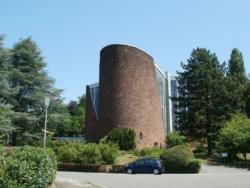 Saarbrücken-Mitte, St. Johann - Rotenbühl, katholische Pfarrkirche  Maria Königin