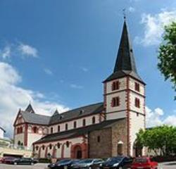 Merzig, Pfarrkirche St. Peter und Paul, ehemalige Stiftskirche