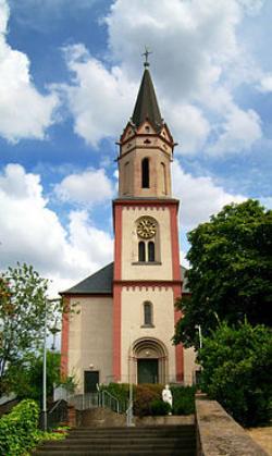 Bous, Pfarrkirche St. Peter und St. Hubertus