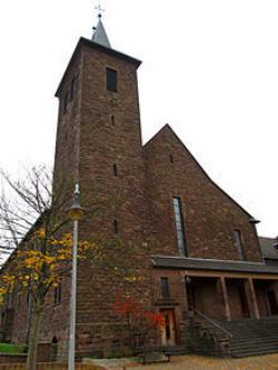 Illingen-Wustweiler, Pfarrkirche Herz Jesu
