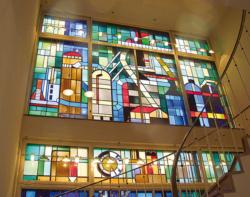 Saarlouis, Fontaine, Bleiglasfenster