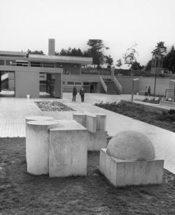 Schmelz, Kornbrust, Skulpturen