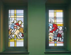 Schwalbach, Unbekannt, Fenstergestaltung