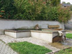 Wallerfangen, Hilt, Brunnenfigur