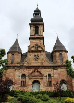 Schwalbach-Hülzweiler, Pfarrkirche St. Laurentius