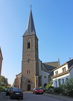 Saarbrücken, Bezirk West, Altenkessel,  Pfarrkirche St. Johannes Baptista