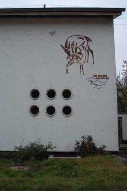St. Wendel-Bliesen, Berberich, Wandgestaltung, Metallapplikationen