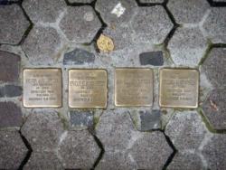 Saarbrücken, Demnig, Stolperstein, Kaempfer, Georg, Herta, Evelyne und Marion