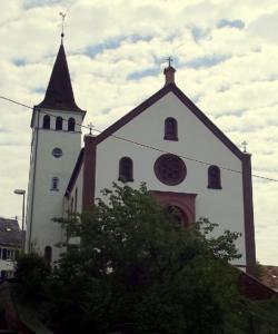 Mettlach-Faha, Pfarrkirche St. Stephanus und St. Hubertus