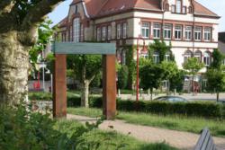 Friedrichsthal, Linn, Glastor