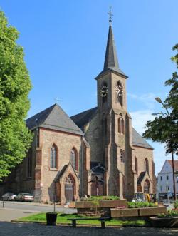 Quierschied, Pfarrkirche Mariä Himmelfahrt